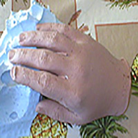 Body Parts: Making a Hand in Clay